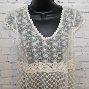 NWT Solitaire/Anthropologie lace top